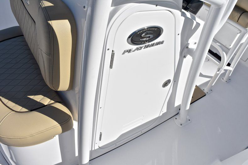 Thumbnail 40 for New 2018 Sportsman Heritage 211 Center Console boat for sale in West Palm Beach, FL