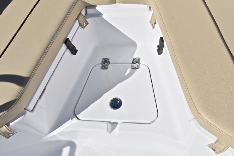 Thumbnail 45 for New 2018 Sportsman Heritage 211 Center Console boat for sale in West Palm Beach, FL