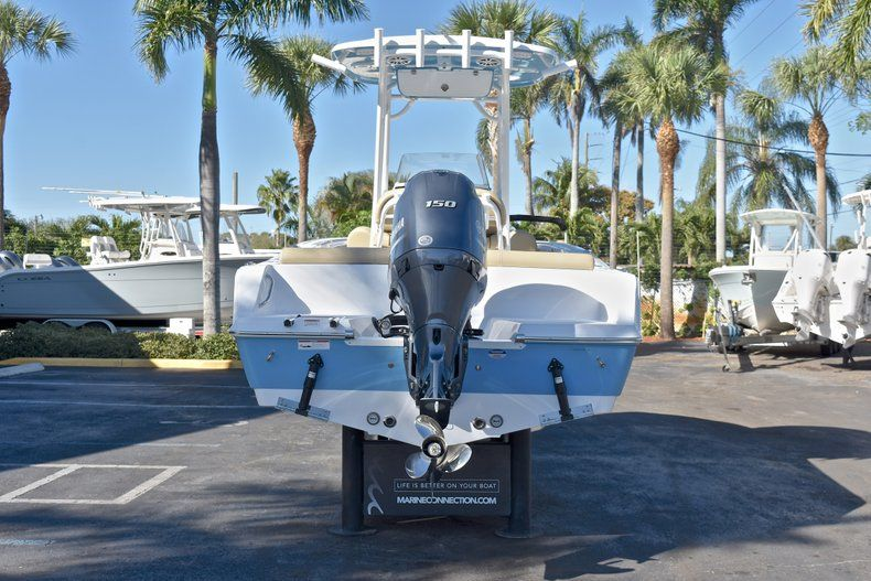 Thumbnail 6 for New 2018 Sportsman Heritage 211 Center Console boat for sale in West Palm Beach, FL