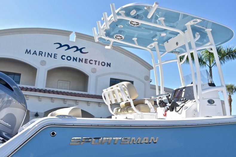 Thumbnail 8 for New 2018 Sportsman Heritage 211 Center Console boat for sale in West Palm Beach, FL