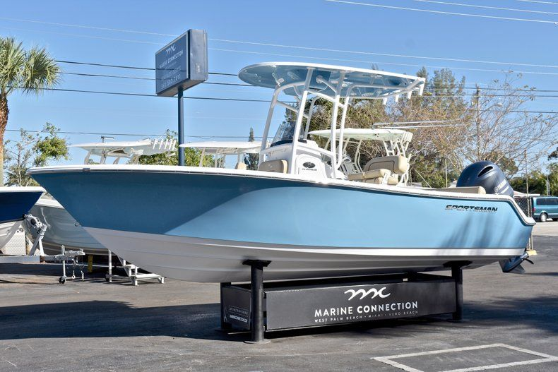Thumbnail 3 for New 2018 Sportsman Heritage 211 Center Console boat for sale in West Palm Beach, FL