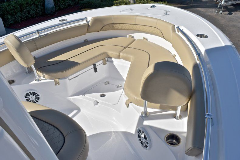 Thumbnail 42 for New 2018 Sportsman Heritage 211 Center Console boat for sale in West Palm Beach, FL