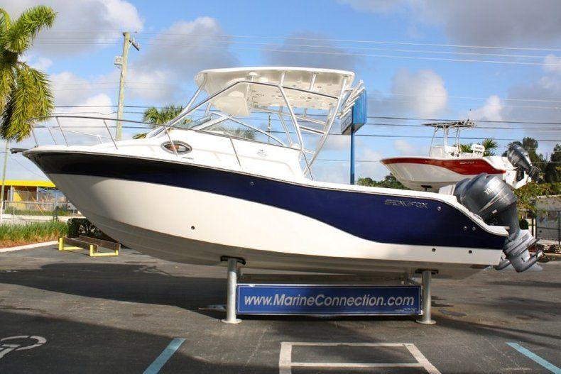 Thumbnail 4 for Used 2012 Sea Fox 256 Walk Around boat for sale in West Palm Beach, FL
