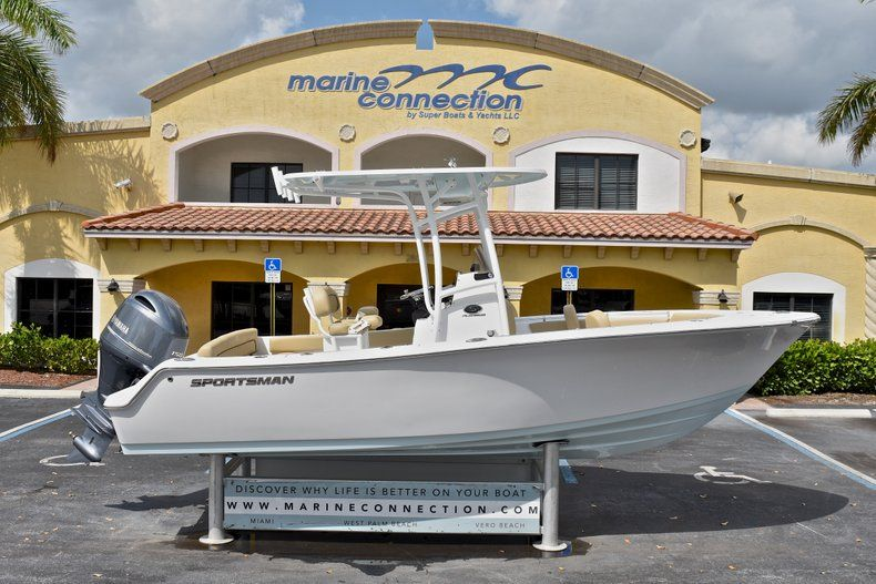 Photo for 2018 Sportsman Heritage 211 Center Console