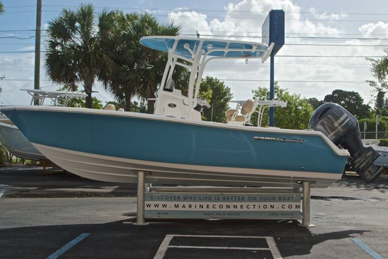 Thumbnail 5 for New 2017 Sportsman Open 212 Center Console boat for sale in Fort Lauderdale, FL