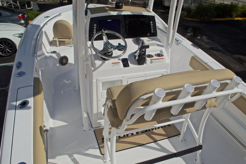 Thumbnail 12 for New 2017 Sportsman Open 212 Center Console boat for sale in Fort Lauderdale, FL