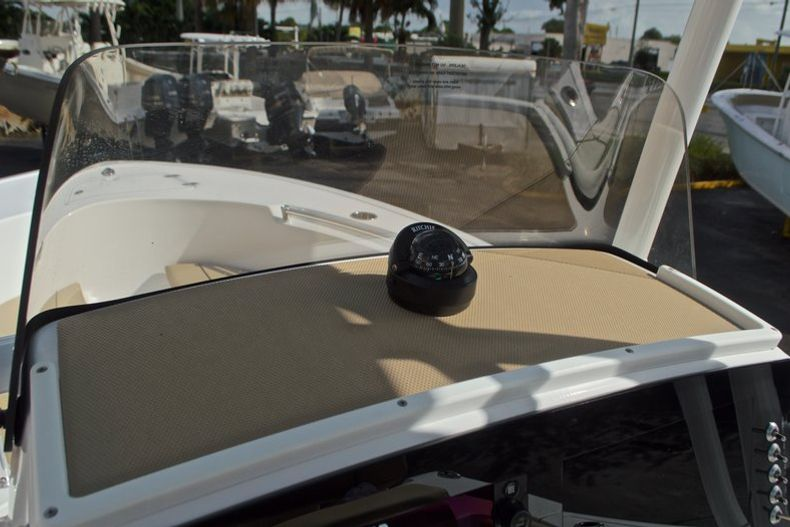 Thumbnail 31 for New 2017 Sportsman Open 212 Center Console boat for sale in Fort Lauderdale, FL