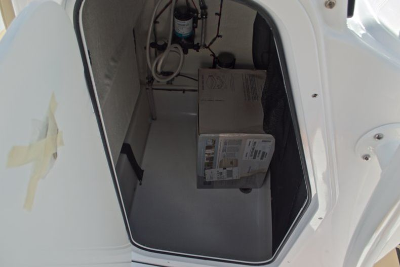 Thumbnail 42 for New 2017 Sportsman Open 212 Center Console boat for sale in Fort Lauderdale, FL