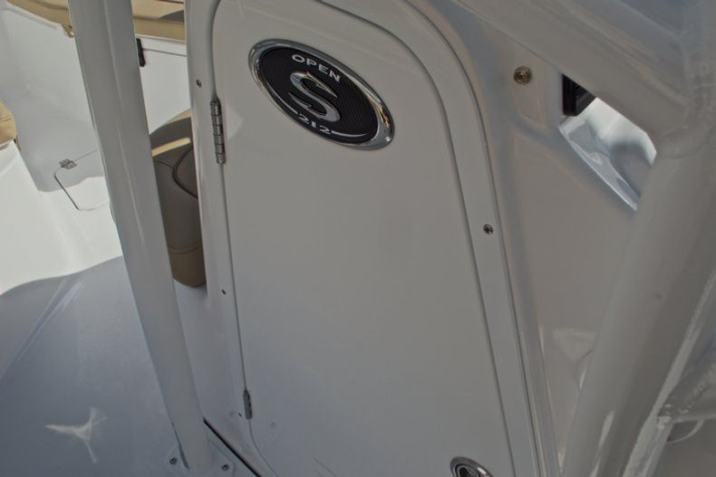 Thumbnail 41 for New 2017 Sportsman Open 212 Center Console boat for sale in Fort Lauderdale, FL