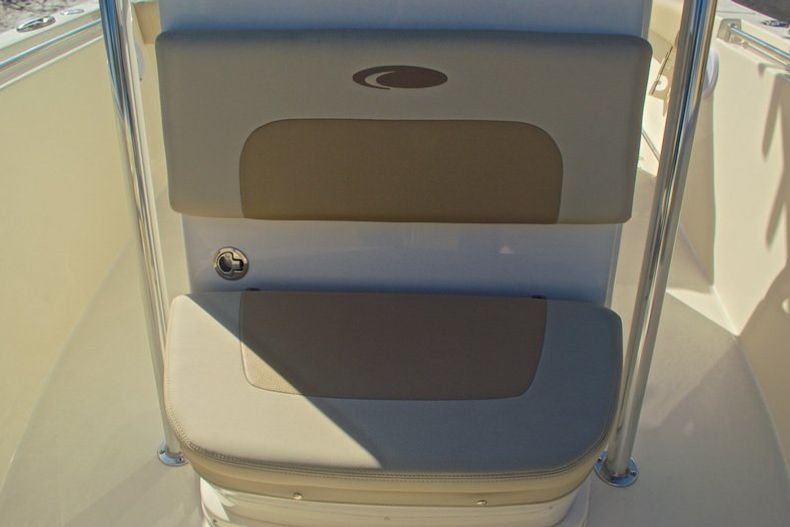 Thumbnail 34 for New 2017 Cobia 277 Center Console boat for sale in West Palm Beach, FL