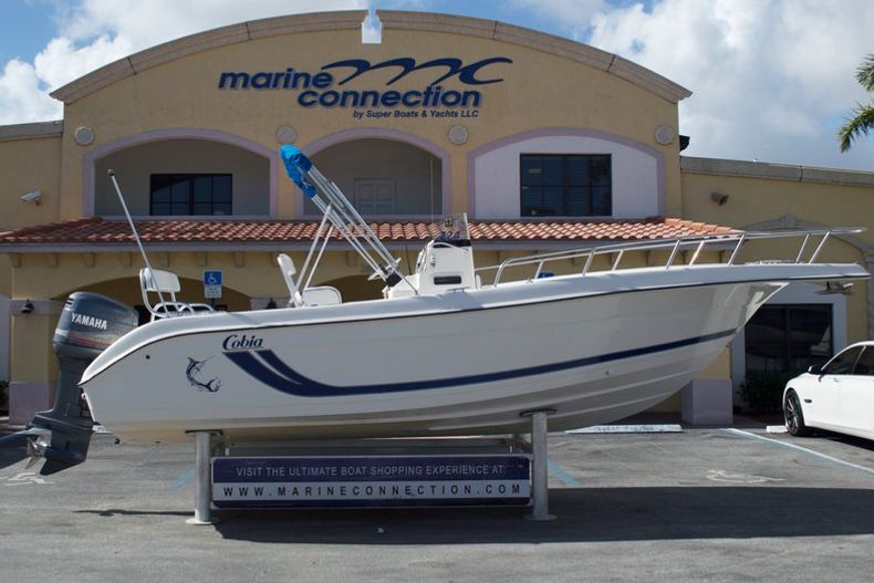 Photo for 2000 Cobia 224 Center Console