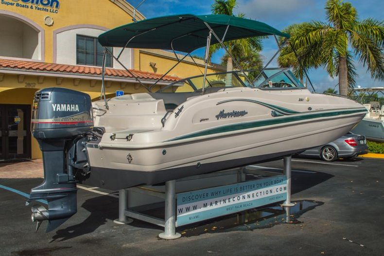 Image 8 for 2001 Hurricane SunDeck SD 237 OB in Vero Beach, FL
