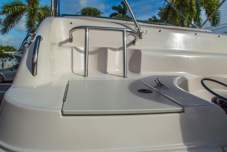 Image 12 for 2001 Hurricane SunDeck SD 237 OB in Vero Beach, FL