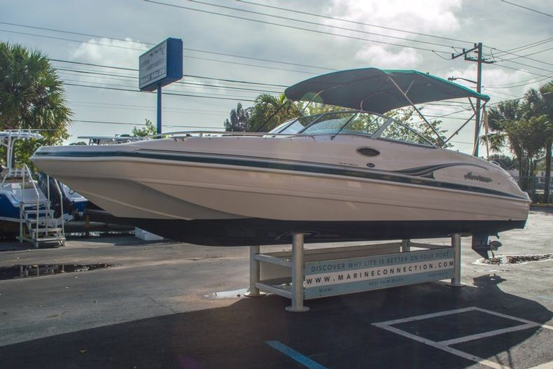 Image 4 for 2001 Hurricane SunDeck SD 237 OB in Vero Beach, FL