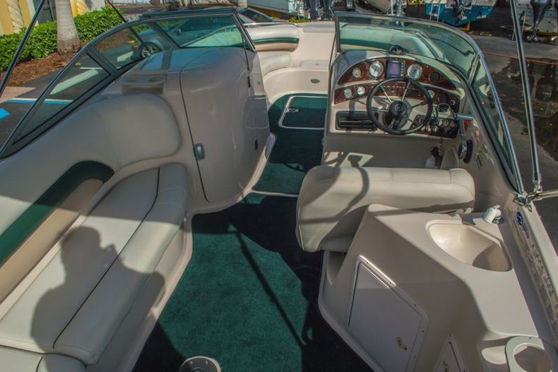 Image 17 for 2001 Hurricane SunDeck SD 237 OB in Vero Beach, FL