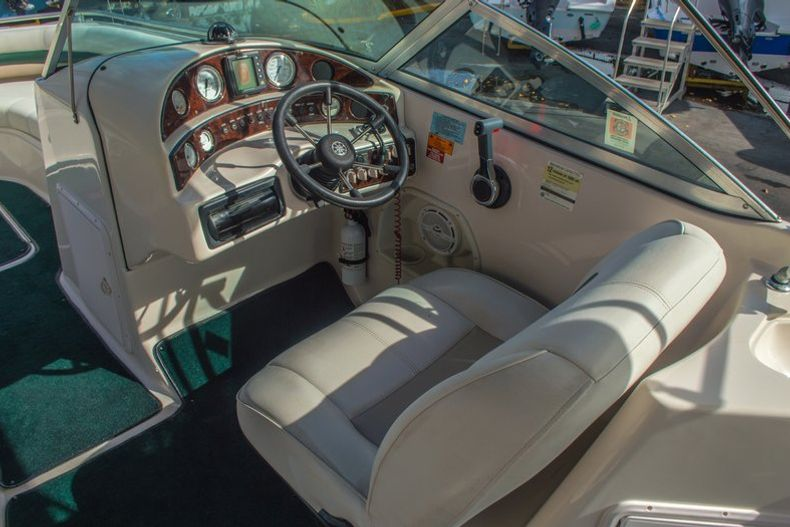 Image 29 for 2001 Hurricane SunDeck SD 237 OB in Vero Beach, FL