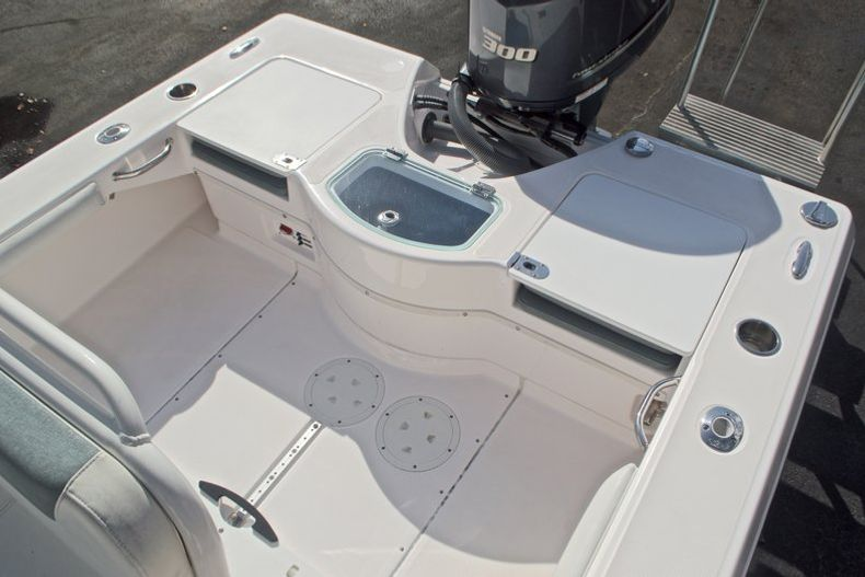 Thumbnail 11 for Used 2014 Everglades 243 Center Console boat for sale in West Palm Beach, FL