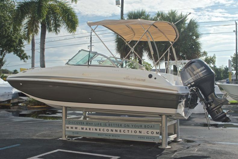 Thumbnail 5 for New 2017 Hurricane SunDeck SD 187 OB boat for sale in West Palm Beach, FL