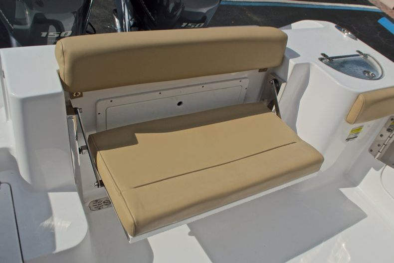 Thumbnail 16 for New 2017 Sportsman Open 252 Center Console boat for sale in Vero Beach, FL