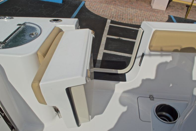 Thumbnail 20 for New 2017 Sportsman Open 252 Center Console boat for sale in Vero Beach, FL