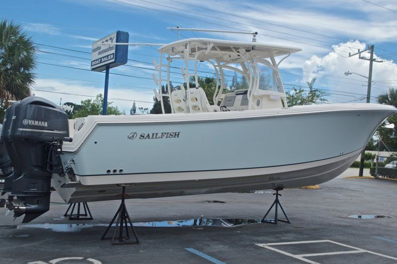 Thumbnail 4 for Used 2015 Sailfish 320 CC Center Console boat for sale in West Palm Beach, FL