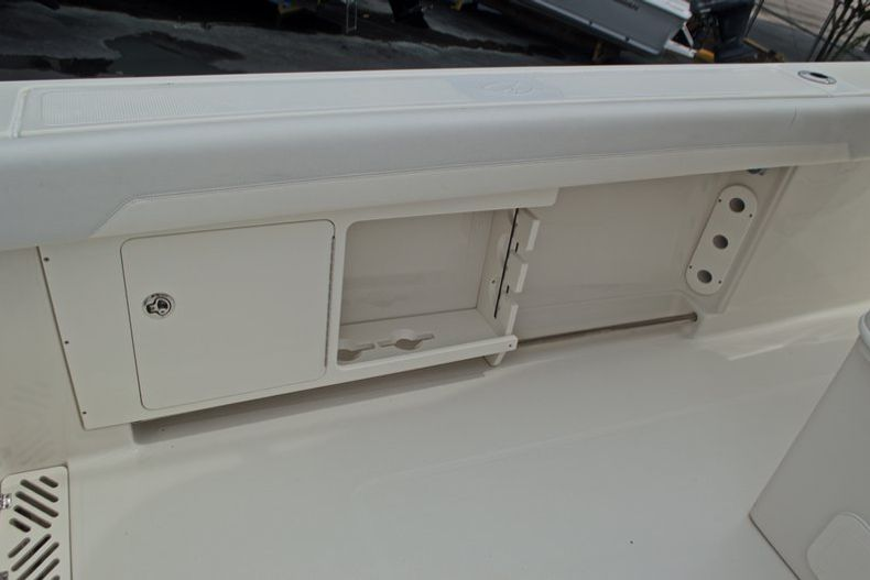 Thumbnail 20 for Used 2015 Sailfish 320 CC Center Console boat for sale in West Palm Beach, FL