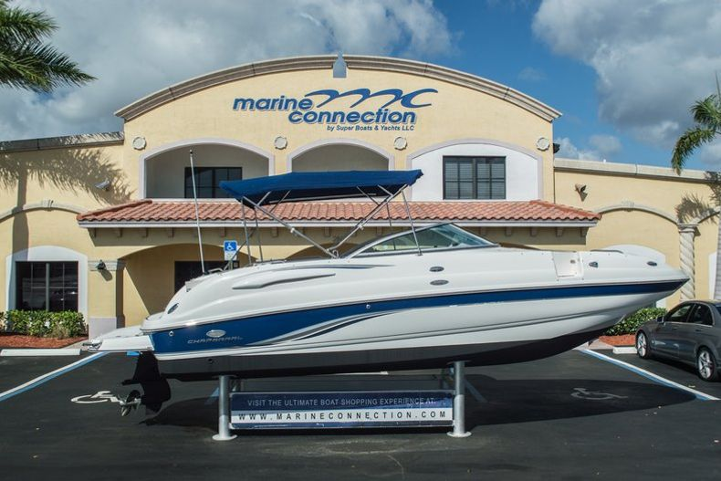 Photo for 2006 Chaparral 254 Sunesta Deck Boat