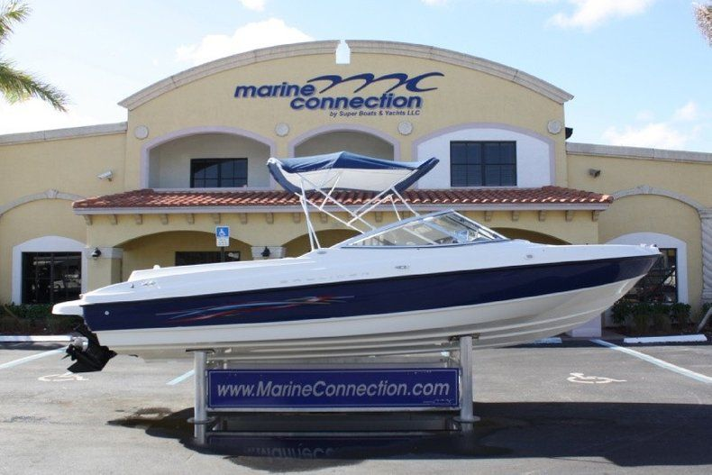 Photo for 2005 Bayliner 225 Bowrider