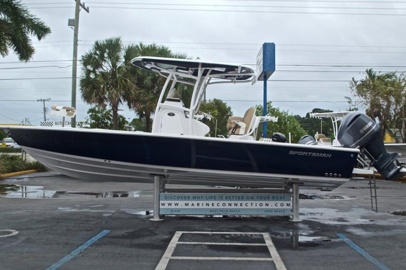 Thumbnail 5 for New 2017 Sportsman Masters 267 Bay Boat boat for sale in West Palm Beach, FL