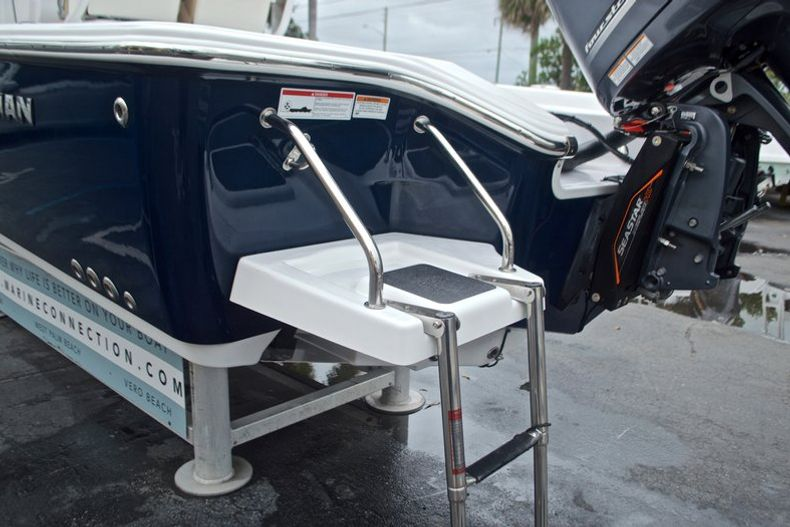 Thumbnail 12 for New 2017 Sportsman Masters 267 Bay Boat boat for sale in West Palm Beach, FL
