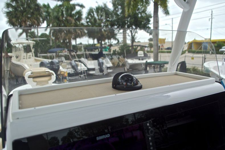 Thumbnail 38 for New 2017 Sportsman Masters 267 Bay Boat boat for sale in West Palm Beach, FL