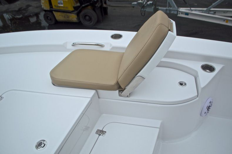 Thumbnail 66 for New 2017 Sportsman Masters 267 Bay Boat boat for sale in West Palm Beach, FL