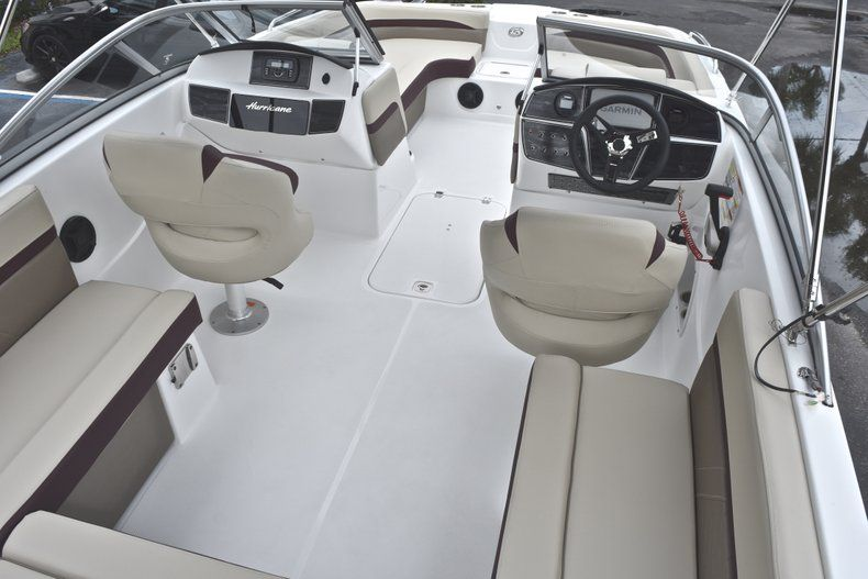 Thumbnail 13 for New 2019 Hurricane 217 SunDeck OB boat for sale in Vero Beach, FL