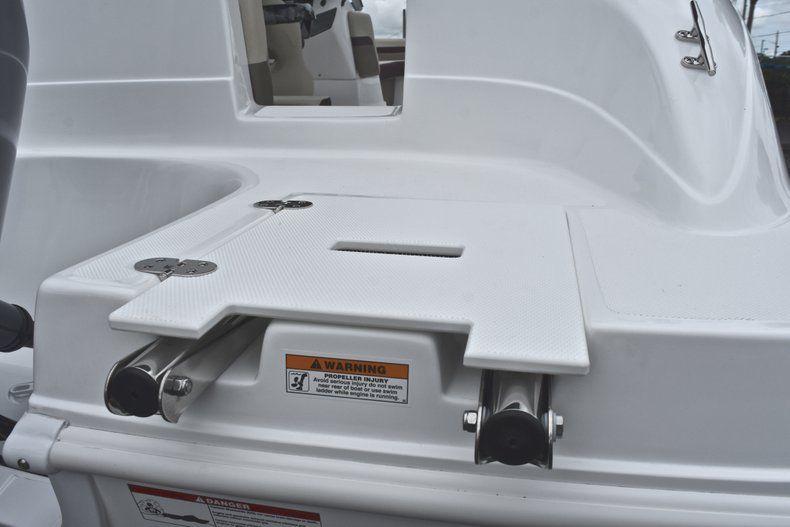 Thumbnail 9 for New 2019 Hurricane 217 SunDeck OB boat for sale in Vero Beach, FL