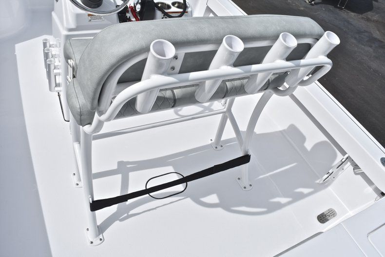 Thumbnail 20 for New 2019 Sportsman Masters 207 Bay Boat boat for sale in Vero Beach, FL