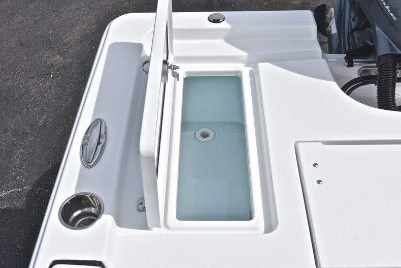 Thumbnail 12 for New 2019 Sportsman Masters 207 Bay Boat boat for sale in Vero Beach, FL