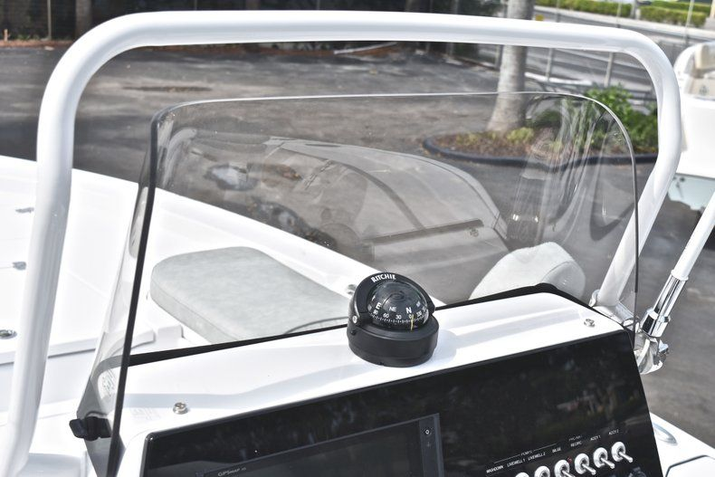 Thumbnail 24 for New 2019 Sportsman Masters 207 Bay Boat boat for sale in Vero Beach, FL
