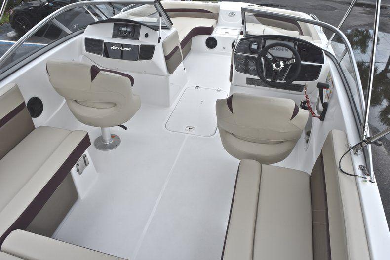 Thumbnail 11 for New 2019 Hurricane 217 SunDeck OB boat for sale in Miami, FL