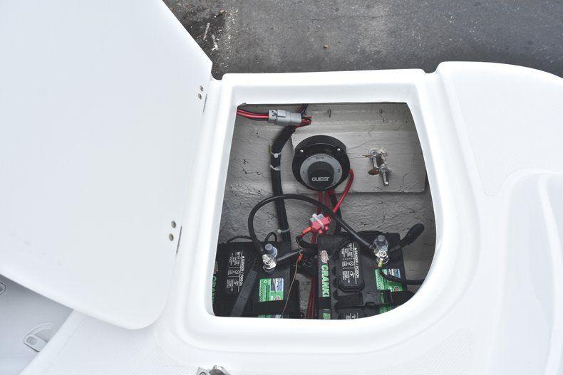 Thumbnail 16 for New 2019 Hurricane 217 SunDeck OB boat for sale in Miami, FL