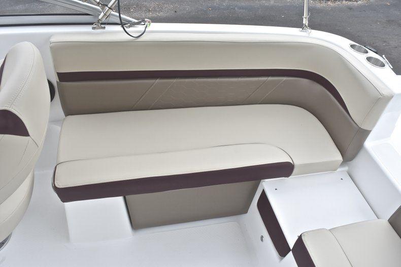 Thumbnail 17 for New 2019 Hurricane 217 SunDeck OB boat for sale in Miami, FL