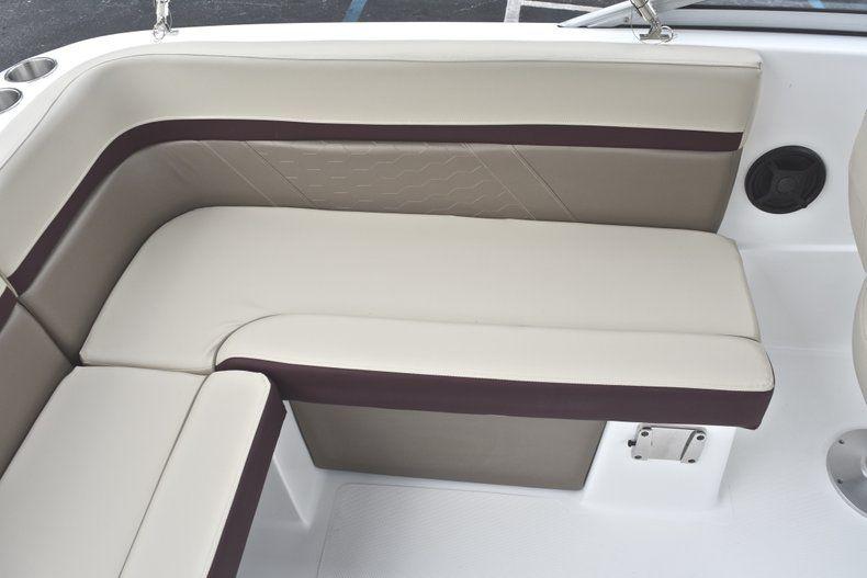 Thumbnail 23 for New 2019 Hurricane 217 SunDeck OB boat for sale in Miami, FL