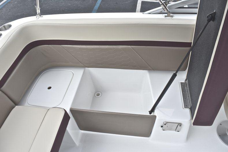 Thumbnail 24 for New 2019 Hurricane 217 SunDeck OB boat for sale in Miami, FL