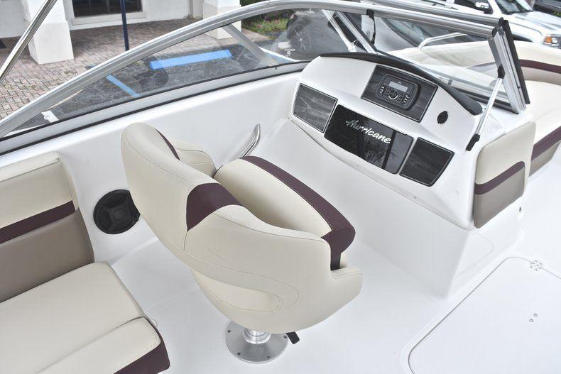Thumbnail 27 for New 2019 Hurricane 217 SunDeck OB boat for sale in Miami, FL