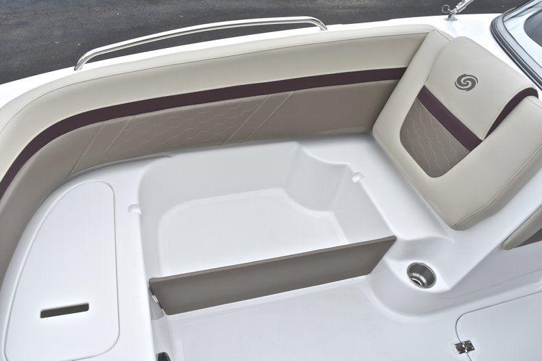 Thumbnail 51 for New 2019 Hurricane 217 SunDeck OB boat for sale in Miami, FL