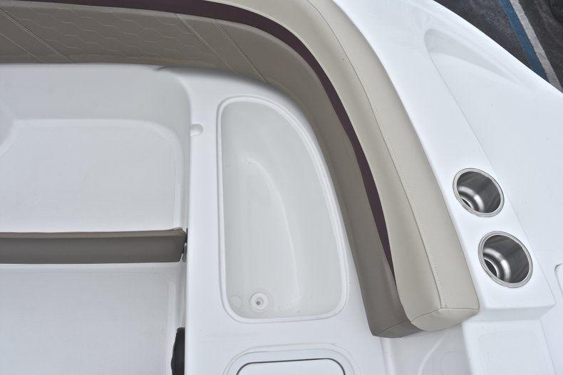 Thumbnail 49 for New 2019 Hurricane 217 SunDeck OB boat for sale in Miami, FL