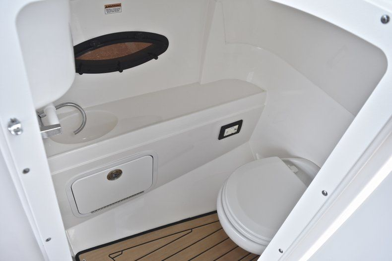 Thumbnail 42 for New 2019 Hurricane SunDeck SD 2200 OB boat for sale in West Palm Beach, FL