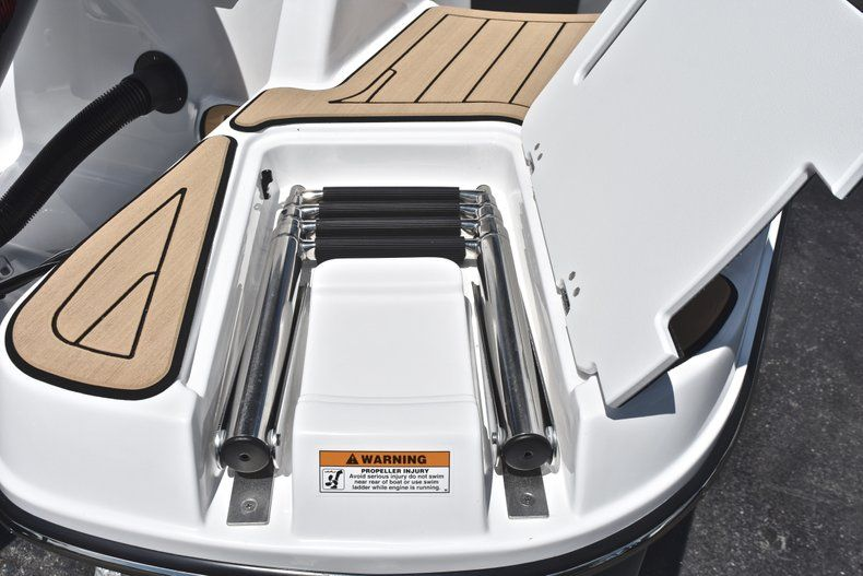 Thumbnail 10 for New 2019 Hurricane SunDeck SD 2200 OB boat for sale in West Palm Beach, FL