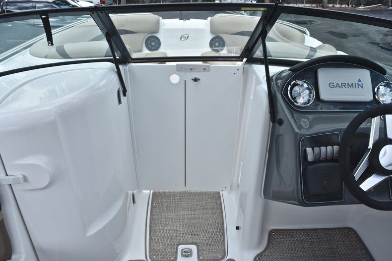 Thumbnail 47 for New 2019 Hurricane SunDeck SD 2200 OB boat for sale in West Palm Beach, FL