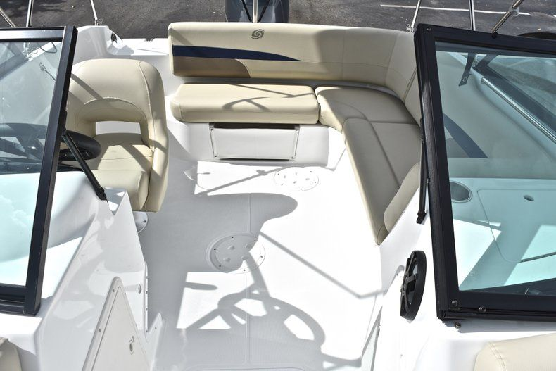 Thumbnail 13 for New 2019 Hurricane SunDeck SD 187 OB boat for sale in West Palm Beach, FL
