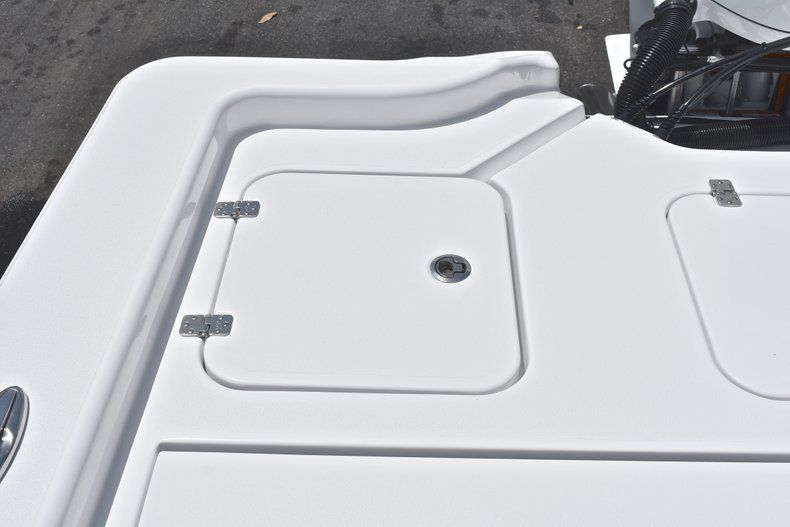 Thumbnail 11 for New 2019 Sportsman Masters 267 Bay Boat boat for sale in Miami, FL